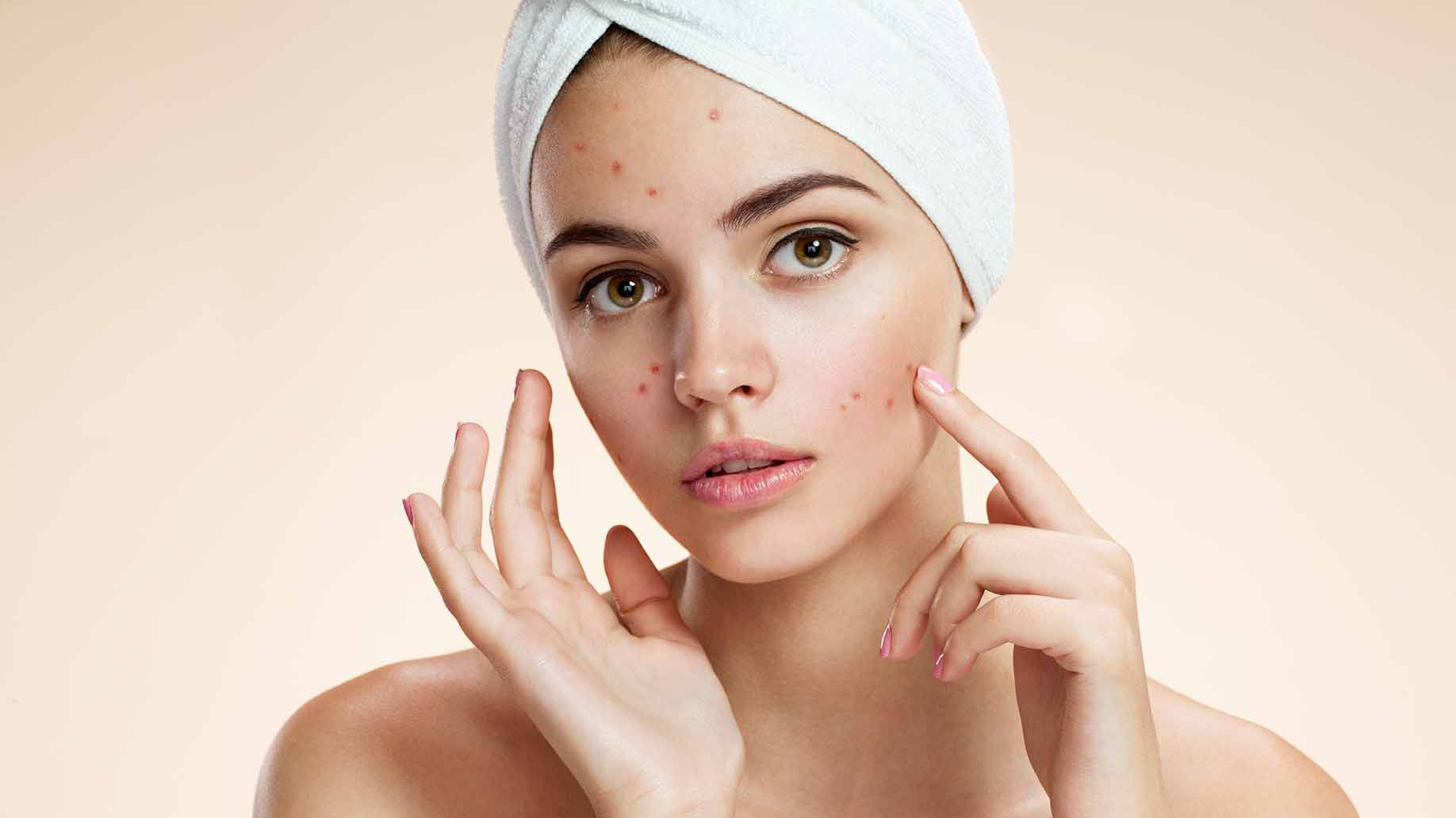 Scars, spots, discolouration… let's brighten and heal our complexion