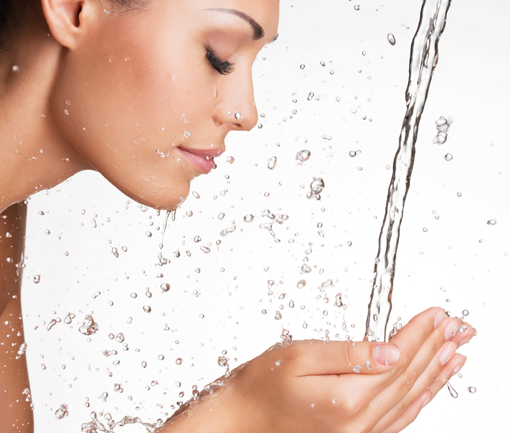 How to wash your face properly?
